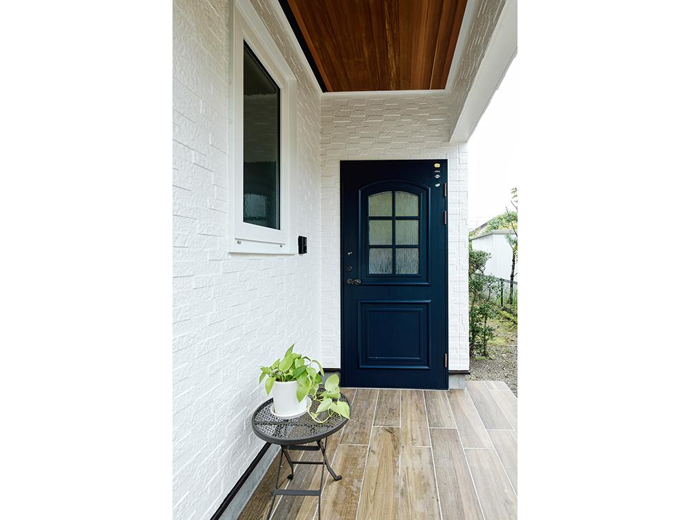 玄関リフォーム:雰囲気ある玄関