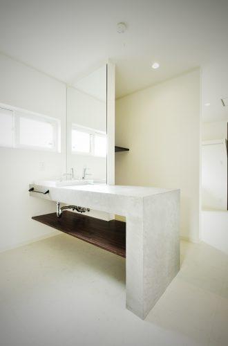 ホテルの洗面室