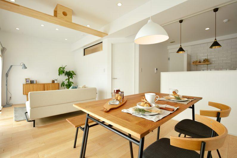 理想のライフスタイルを叶えるシンプルテイストの家